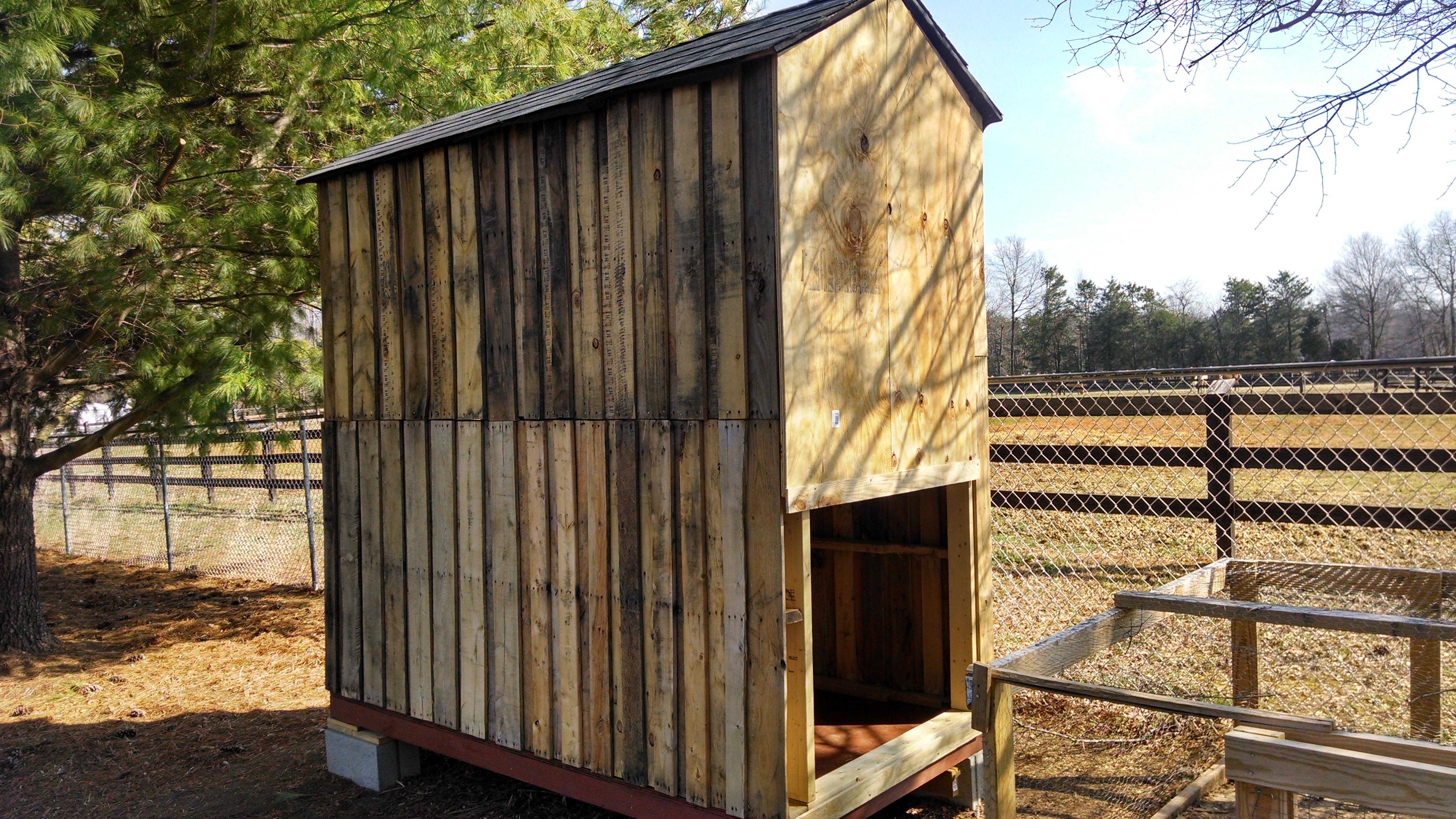 Pallet Chicken Coop Diy Chicken Coop Summers Acres